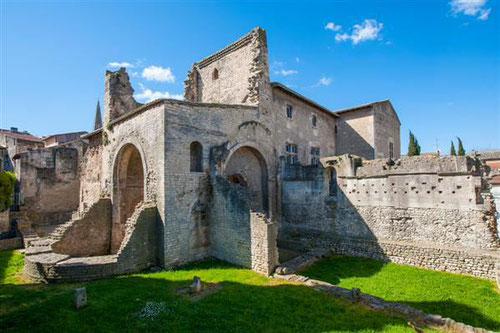 Visit Hotel de Sade archaeologic collections