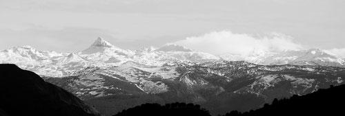 Massif de la Pierre Saint Martin depuis Alcay © JlS