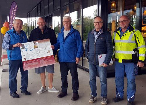 F. Grathwohl, Herr Grossmann, Gerhard Junker, Herr Person und Herr Sterner vom Bauhof Neuried