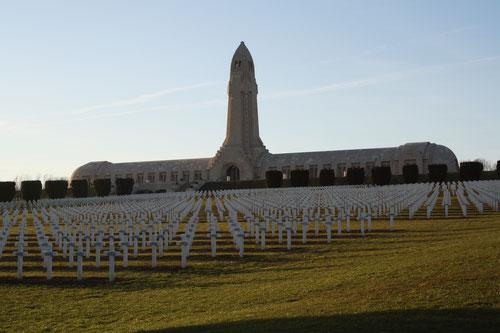 Ossuaire de Douaumont - Champ de bataille de Verdun