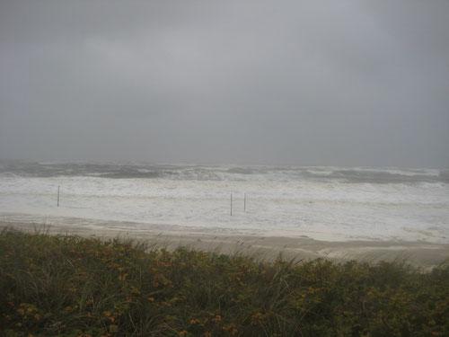 Herststurm mit über 90 km/h aus Nordwest - jetzt ist das Schwimmen lebensgefährlich....