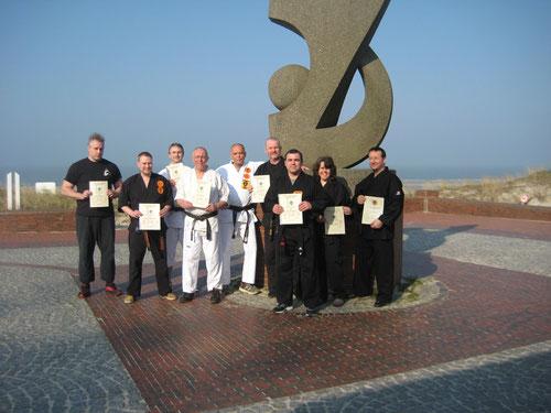 Einige Lehrer der Kenko Kempo Karate Organisation (KKKO) beim Bundestreffen auf Wangerooge