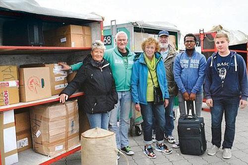 Engagieren sich für Flüchtlinge: Karin Rieger (von links), Norber Hartmann, Gesche Preuß, Bernd Oehlerking, Maxamed Ibrahim Maxamoud und Timm Wolters.