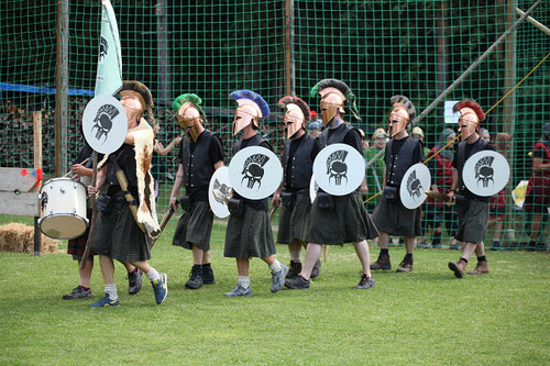 2016: Die Ritter der Herrenrunde