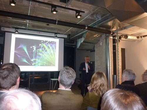 *Vortrag Prof. Peter Wippermann, am 03.02.2014, im 25h, Berlin. Foto: Thomas Matla