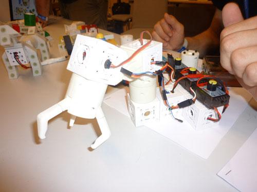 Robotik-Bauteile. Alle Fotos Copyright: Thomas Matla