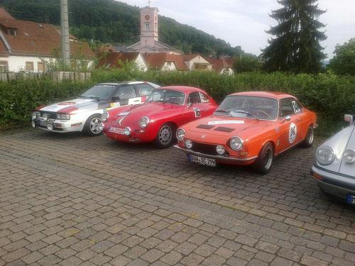Parc Ferme, v.l. 3 AMC-Fahrzeuge - AUDI(Glade), PORSCHE(Thullen), SIMCA(Mayer)(Foto: Jager)