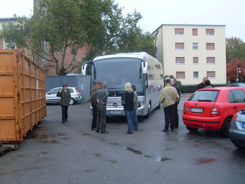 Mit AMC-Busfahrer Thomas Rössler im Komfort-Bus der Fa. Kamp.
