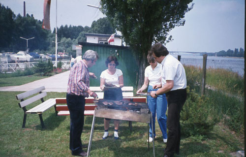 Heinrich Pfannebecker, Fam. Schwaderlapp, u.a.