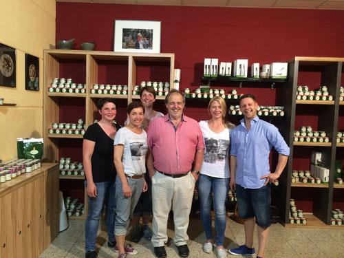 Mai 2016: Ein Teil des Gemüsebau Knogler-Teams beim Händlerseminar im Alten Gewürzamt. Von links: Bianka Faltermeier, Ela Fabula, Anja Karschner, Ingo Holland, Anja Knogler & Kilian Holland