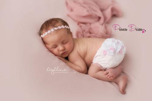 Neugeborenenshooting,Neugeborenenfotografie,Neugeborenenfotograf,Workshop,Accessoires, BAbyshooting,Babyfotografie,BAbybild,Neugeborenenoutfit,babyoutfit,Neugeborenenset, Haarband Neugeborene