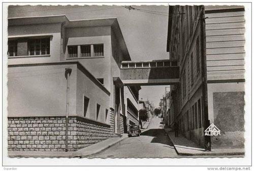 Lycée de Jeunes filles en bas de la rue Catinat (Mascara)