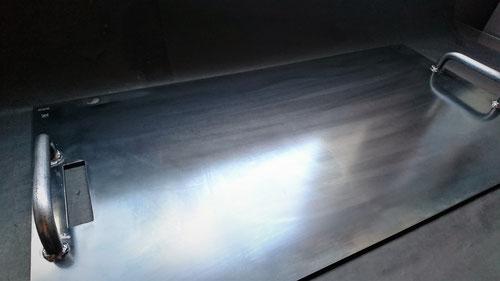 オーダー鉄板,注文鉄板,6㎜,12㎜,BBQ,コンロ,取っ手,吐き出し口,カセットコンロサイズ,重量級,溶接,図面,確認,お問い合わせ