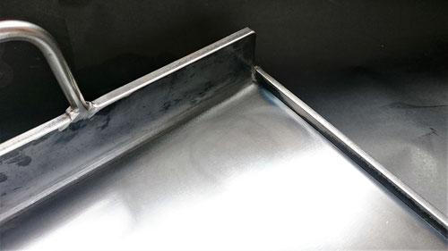 業務用鉄板,オーダー鉄板,9㎜鉄板,吐き出し口付き