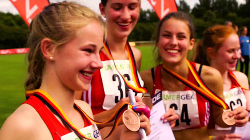 Nike Dangelmaier, Johanna Gries, Jamira Lauf und Hannah Kempken liefen 2016 mehrfach zum Sieg über 4x100m für die Startgemeinschaft Rhede-Sonsbeck-Wesel.