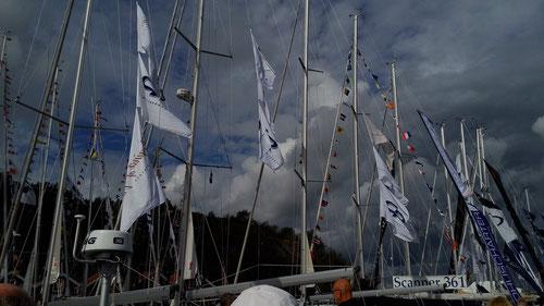 Mastenwald CR-Yachts und Regina af Vindö