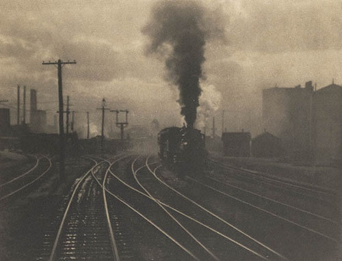 Alfred Stieglitz – The Hand of Man, 1902