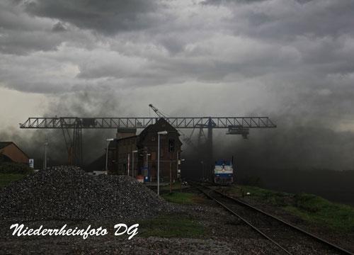 bei Sturm fliegt die Kohle förmlich durch die Luft