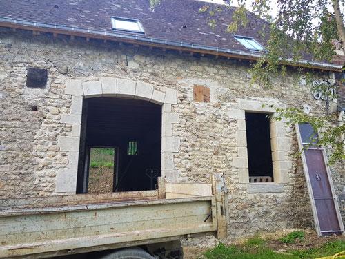 Rénovation générale d'une grange en habitation (image)