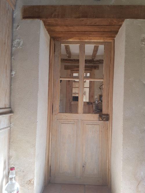 Remplacement de portes existantes par des portes anciennes chinées chez les brocanteurs