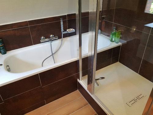 Création baignoire et receveur, pare-douche sur mesure, faïence et carrelage, robinetteries