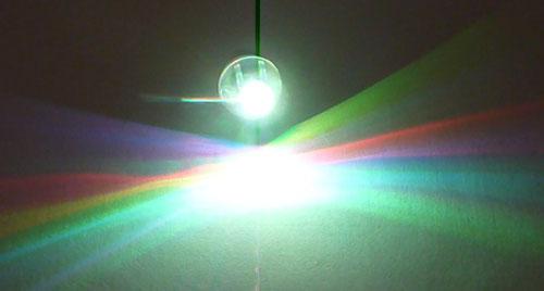 свечение светодиода для подсветки гелиевых шаров - разноцветное свечение