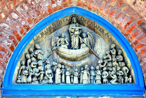 Le tympan de la chapelle des Marins- Oeuvre de l'abbé Dosithé Boursin