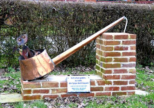Contay- La pipe géante avec son petit lutin. Légende racontée par Laurent Devime