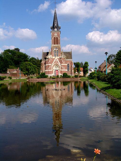 L'église et la mare de Bovelles