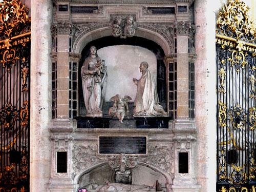 Le tombeau du chanoine Lucas