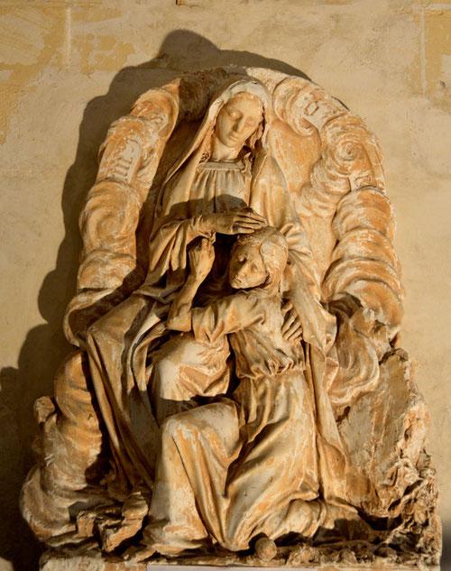 Eglise de Bacouel: groupe de plâtre, Ste Anne, et Marie, adolescente