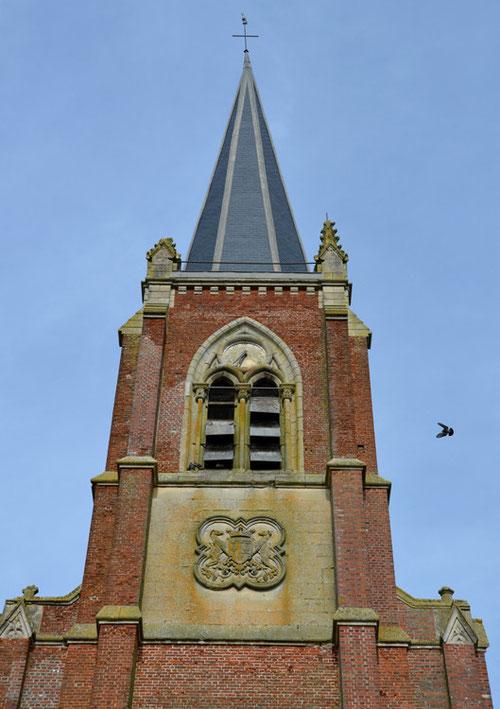 Le clocher de l'église Saint-Léger du Quesnel