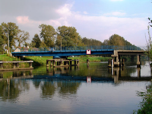 Le canal de la Somme à Grand-Laviers