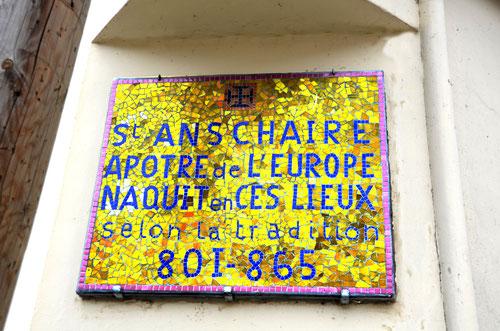 Fouilloy- A l'angle de la rue Charles Gaffet avec la rue Jules Lardière