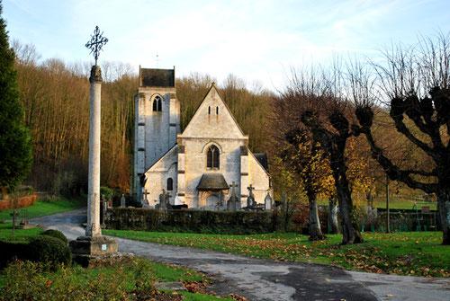Croix et Eglise de Fieffes