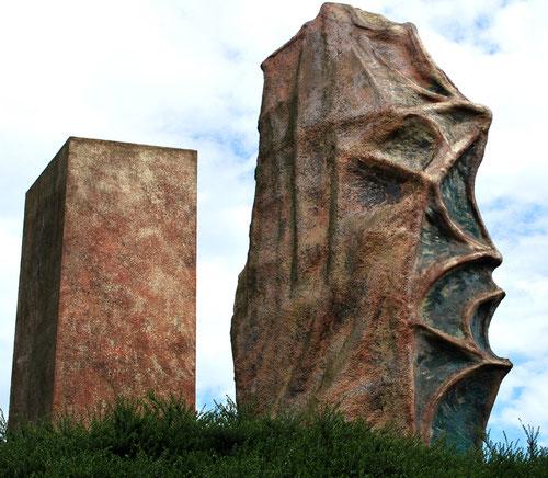 Saint-Sauveur: une oeuvre du sculpteur François Hornn, en l'an 2000