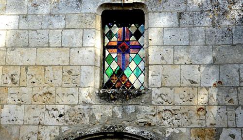Façade de l'église de Croixrault