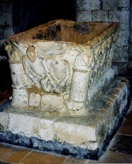 Fonts baptismaux- Eglise Notre-Dame- Airaines