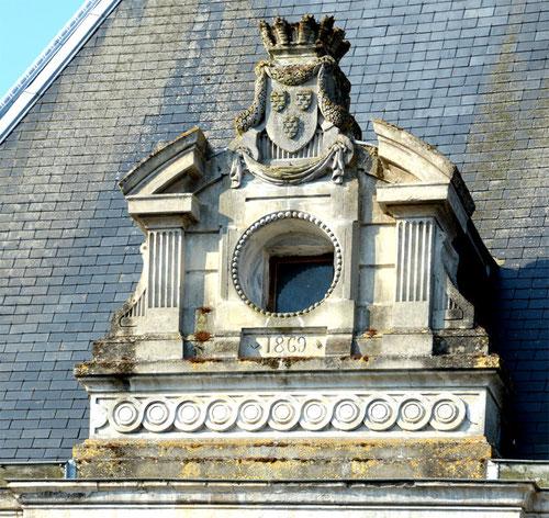 Hôtel de Ville- Long- 1869