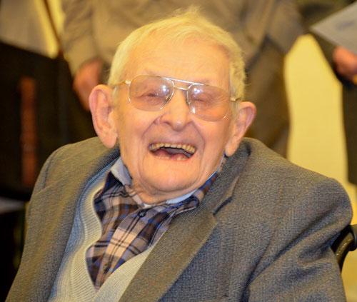 Léopold Devismes, doyen des Picardisants- Photo  prise le 21-10- 2012, le jour de ses cent ans
