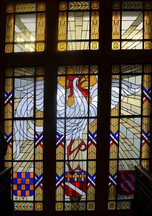 Le vitrail de l'Hôtel de Ville de Roye