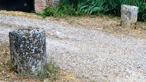 Fourdrinoy- Devant le Château