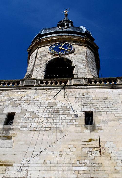 Cadran solaire du Beffroi d'Amiens