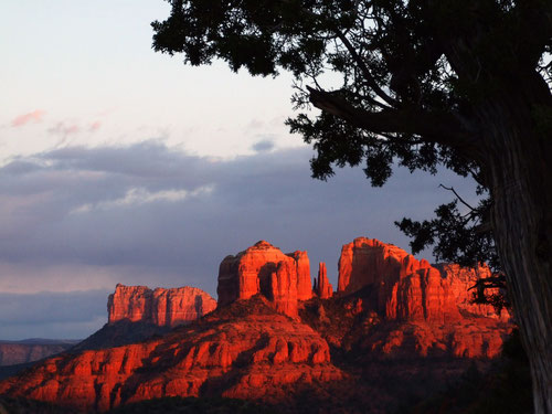 Upper Red Rock Loop Road: Sunset am Scenic Pull Off