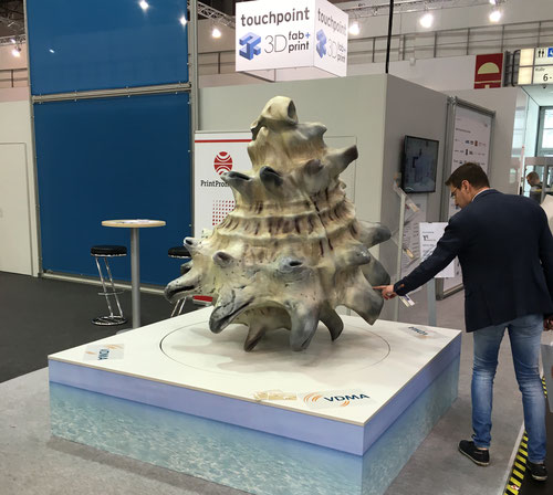 3D-Riesen-Muschel, VDMA Stand