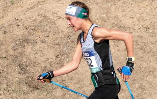 Una técnica diferente, cumple el reglamento y tiene sentido para esta deportista, con ella su rendimiento es mayor que con otra. Apolline Mazureck, campeona de Francia 2019