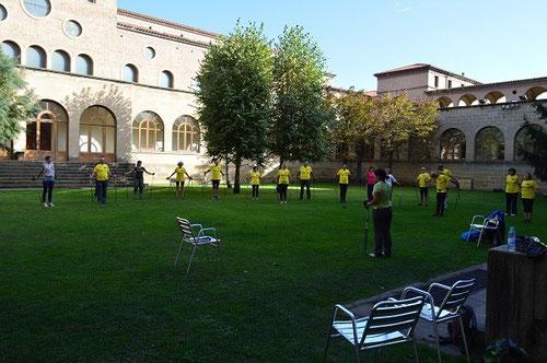 El patio interior del Seminari, fue el escenario para este taller a cargo de Carme, una excelente profesional.