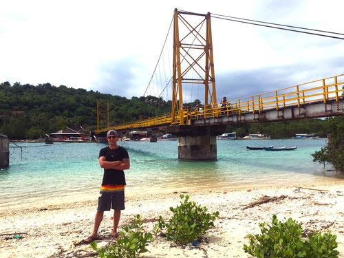 Lembongan - Bridge