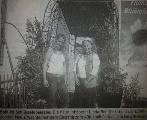Schlüsselübergabe Nadja Wachter an Linda Bon