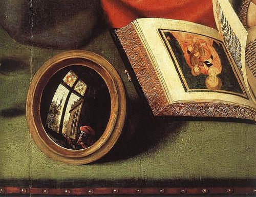 """El espejo refleja una ventana bajo la que podemos distinguir un personaje con turbante que espía a la pareja?Doble discurso del espejo convexo que subraya la vanidad del mundo terrenal y """"la mirada de Dios"""" pues abarca la extensión de su Creación."""